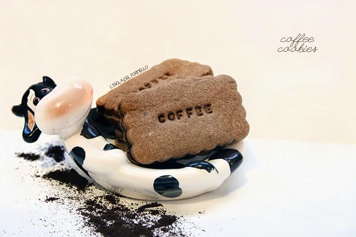 L'isola del fornello: biscotti di frolla al cacao e caffè