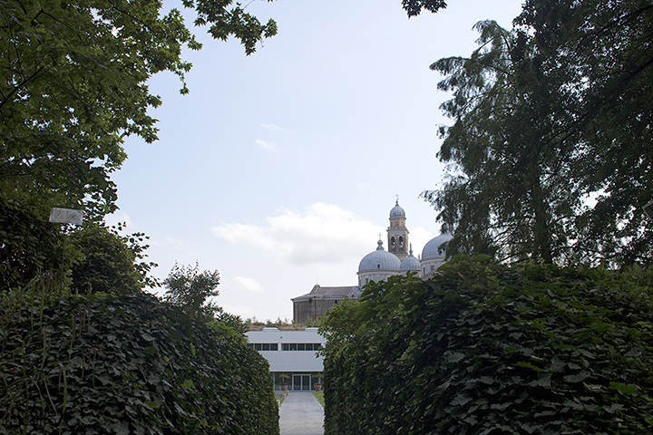 Orto Botanico di Padova: vista di Santa Giustina