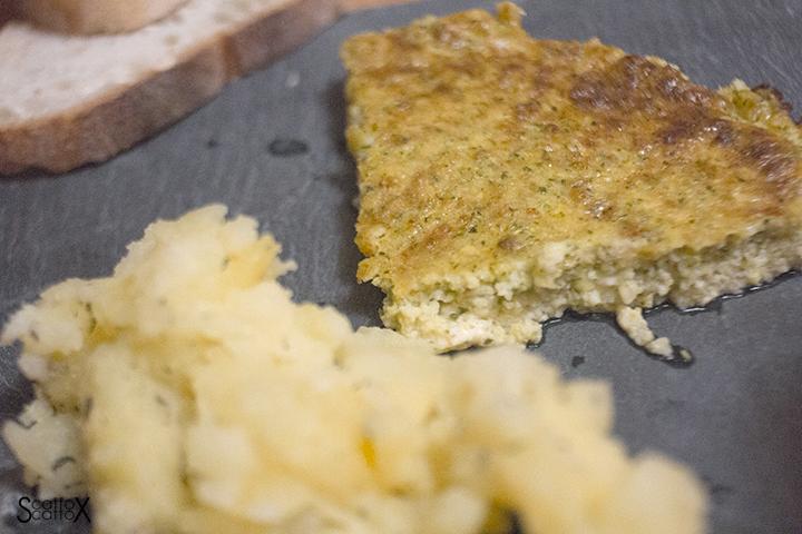 Quomi: sformato di zucchine con patate schiacciate al timo