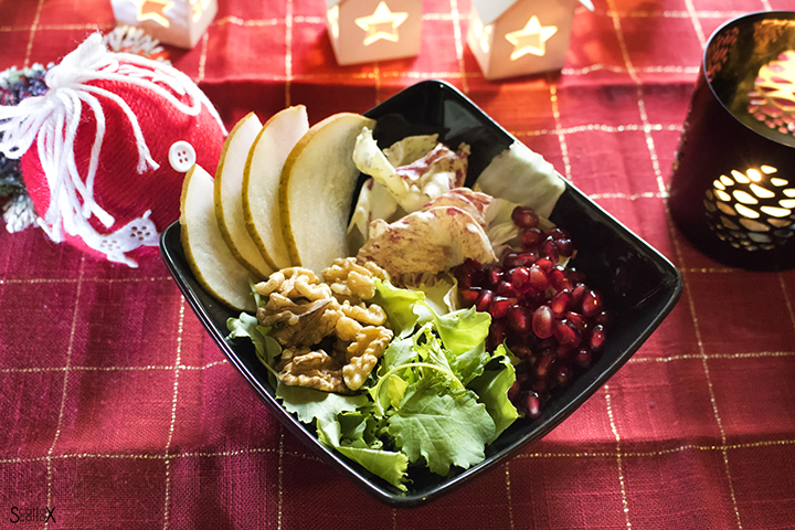 Insalata di Natale con Kale, pere e noci