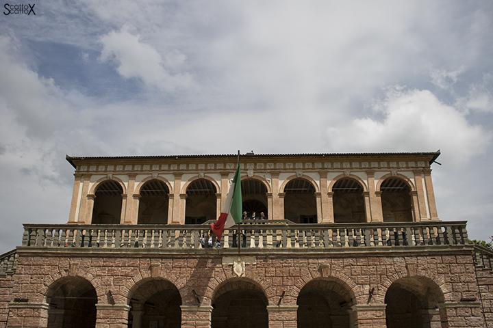 Villa dei Vescovi: facciata