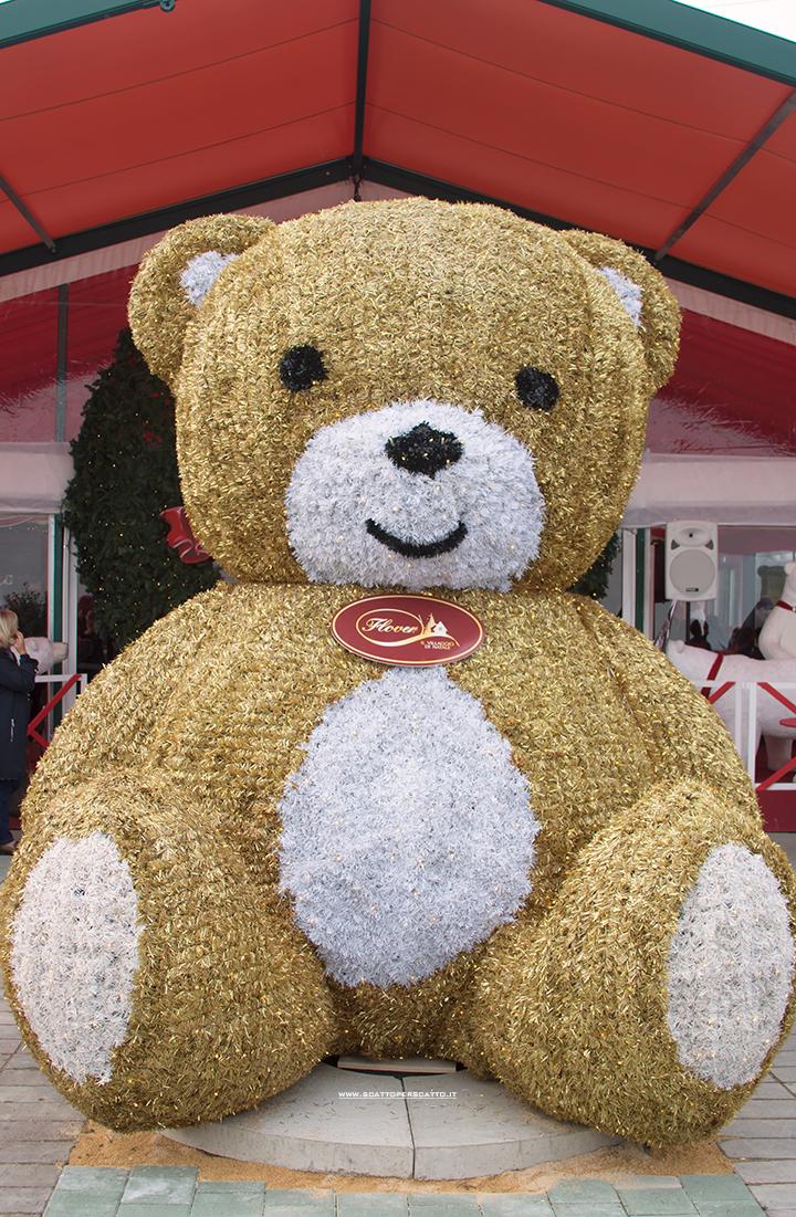 Villaggio di Natale Flover a Bussolengo: l'orso Teddy