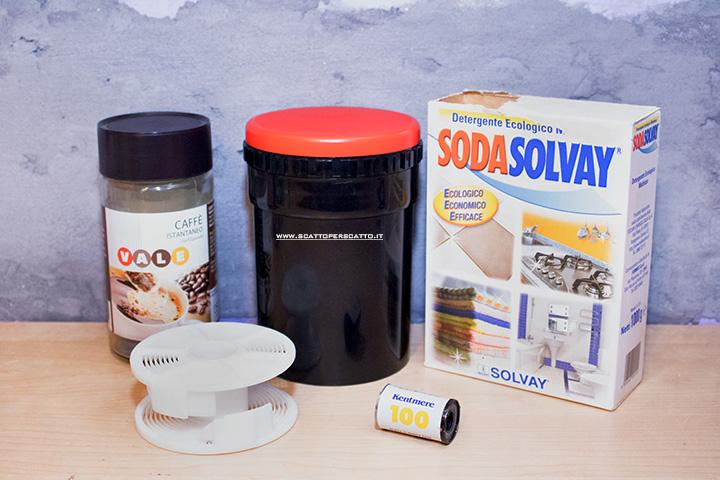 Caffenol: sviluppo con caffè solubile - Il necessario