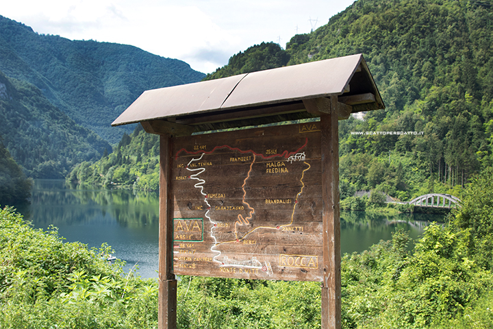 Lago del Corlo - I sentieri