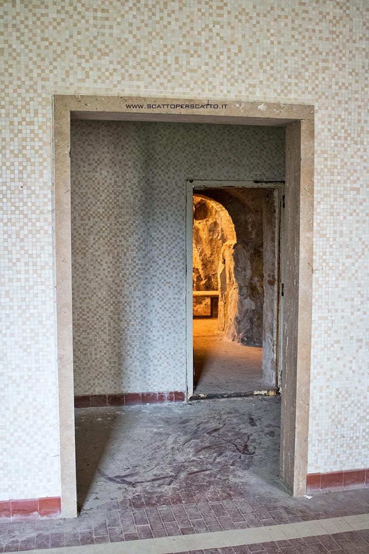 Grotta naturale termale di Sant'Elena - L'ingresso della grotta