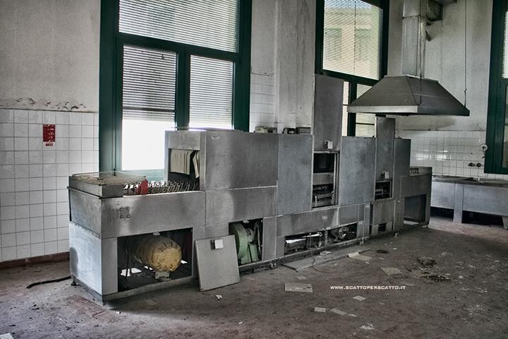 Lo stabilimento INPS di Battaglia Terme: la sala di servizio del ristorante
