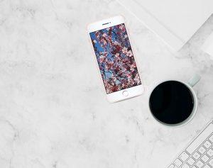 Sfondo smartphone aprile | Free download