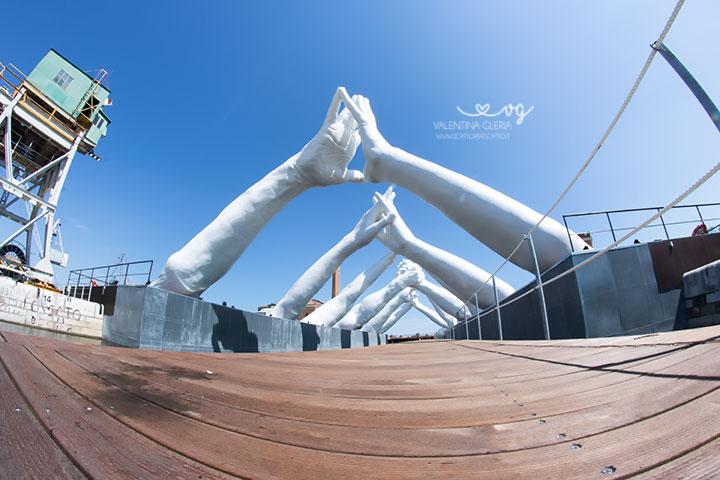 Building Bridges: vista dell'opera